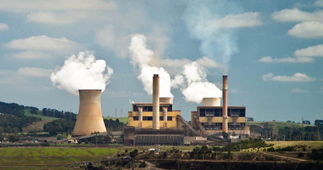 Centrale électrique au charbon