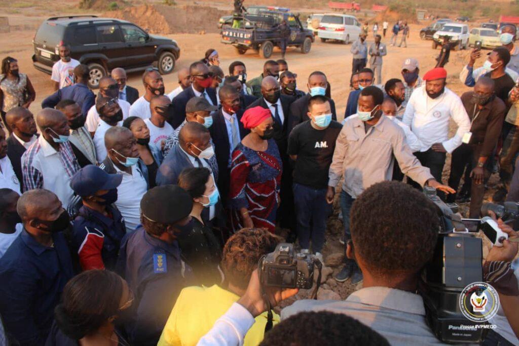 Madame Bazaiba and her delegation visiting the Chinese CNNCC factory in Likasi